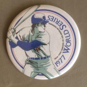 Large 1977 World Series Pinback NY Yankees vs LA Dodgers